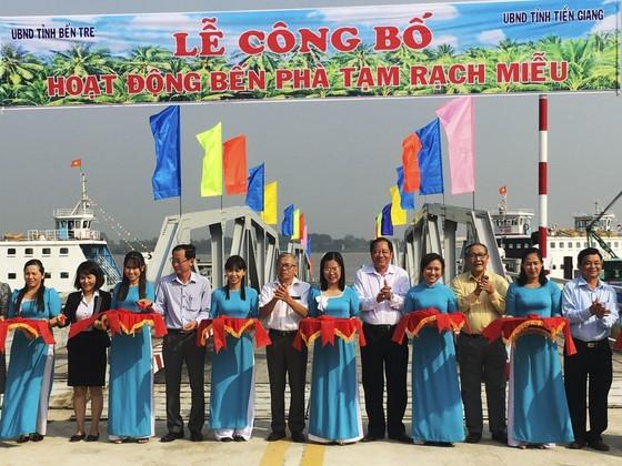 Ben Tre inaugurates Rach Mieu temporary ferry station ảnh 1