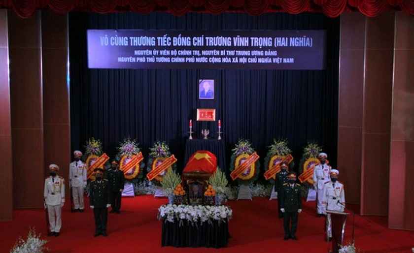Former Deputy Prime Minister Truong Vinh Trong laid at rest in his native land ảnh 1