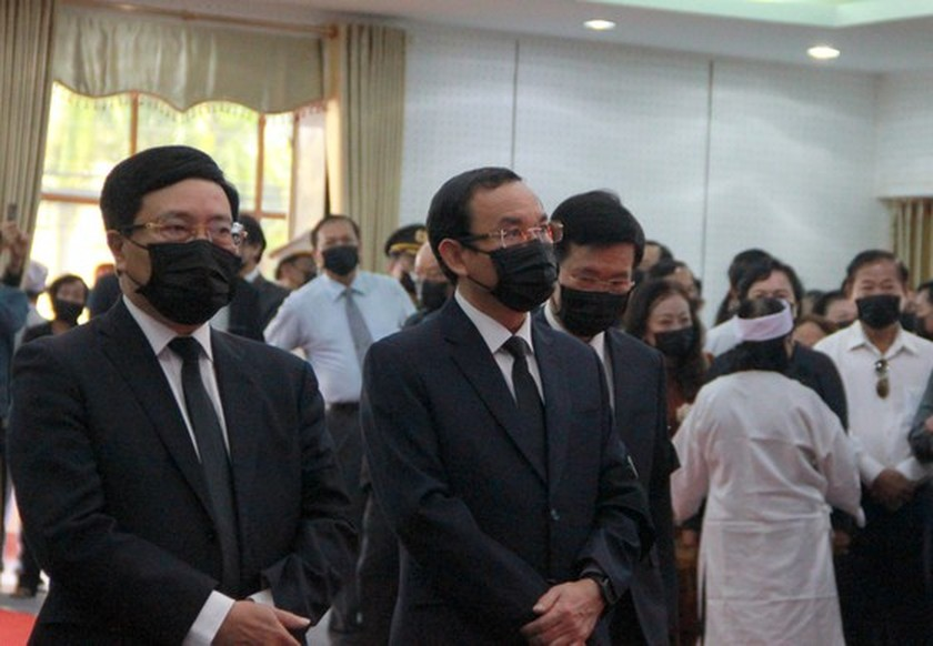 Former Deputy Prime Minister Truong Vinh Trong laid at rest in his native land ảnh 3