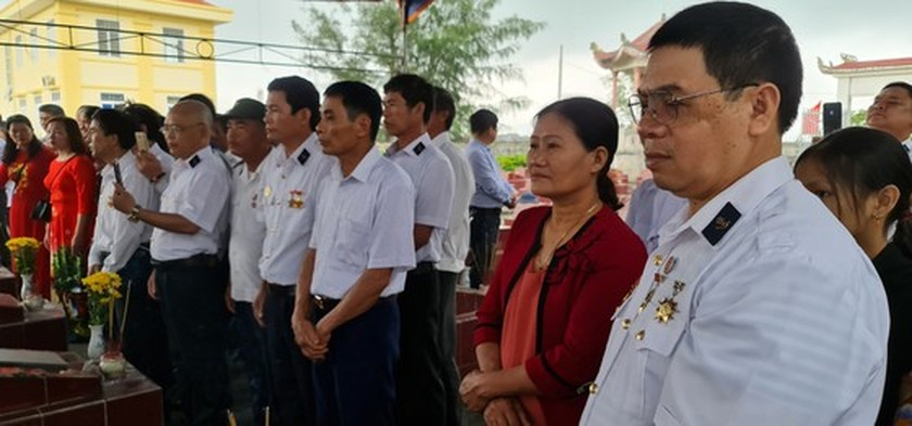 Commemorative ceremonies for Gac Ma naval martyrs held nationwide ảnh 12