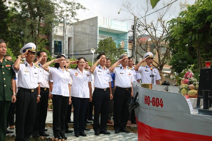 Commemorative ceremonies for Gac Ma naval martyrs held nationwide ảnh 1