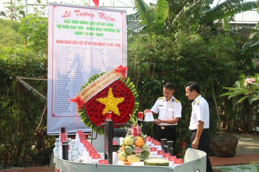 Commemorative ceremonies for Gac Ma naval martyrs held nationwide ảnh 2
