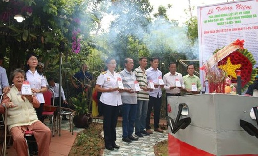Commemorative ceremonies for Gac Ma naval martyrs held nationwide ảnh 6