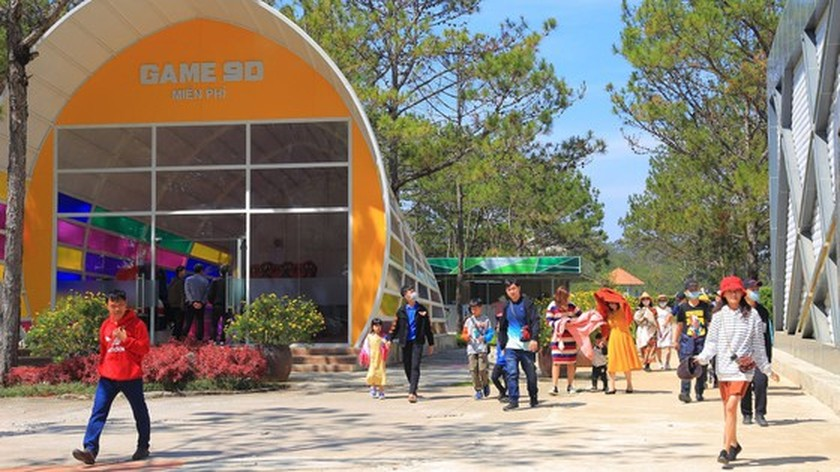 Da Lat City's tourism industry increasingly revived ảnh 4