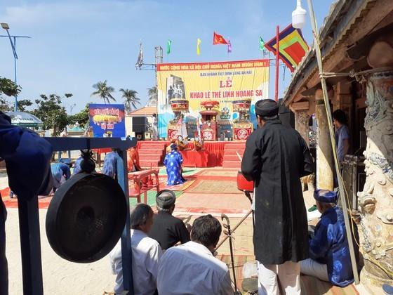 Ritual commemorating soldiers of ancient Hoang Sa Flotilla held ảnh 3