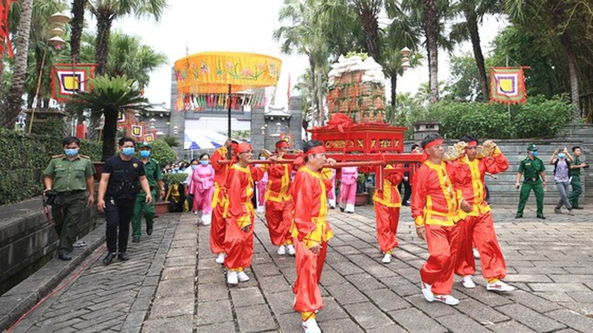 Hung Kings' death anniversary commemorated in HCMC ảnh 4