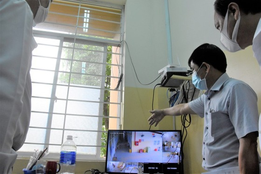 HCMC authorities check practice of preventive measures in District 12, Hoc Mon ảnh 3