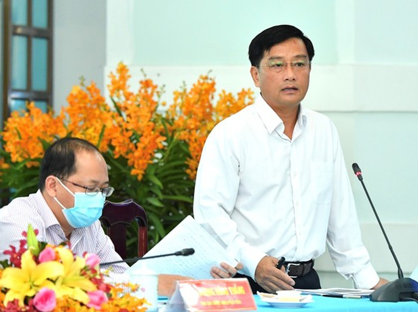 State President holds working session with Cu Chi, Hoc Mon districts in HCMC ảnh 5