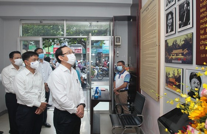 City Party Secretary visits historical sites, works with District 5  ảnh 4