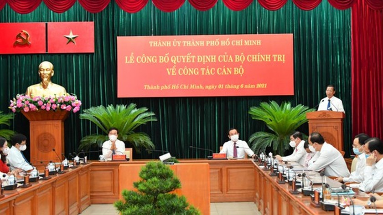 HCMC gets new Party Committee's Standing Deputy Secretary ảnh 6