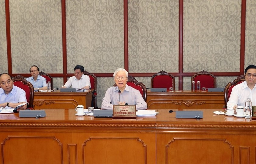Party chief calls for extra efforts to combat COVID-19 ảnh 1