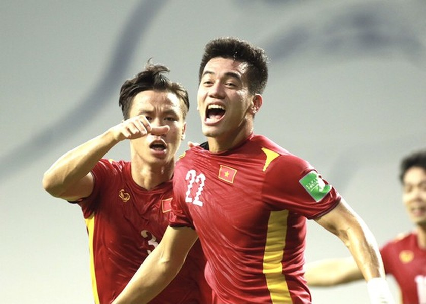 Vietnam win 2-1 victory over Malaysia at World Cup qualifiers  ảnh 3