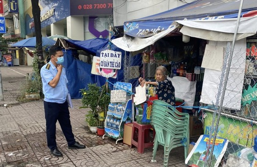 Binh Tan District issues fines of VND52.5 million on violators of Covid-19 rules ảnh 4