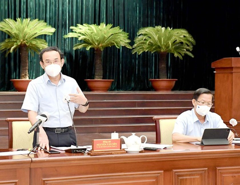 Media agencies must provide accurate information, curb fake news: HCMC leader ảnh 1