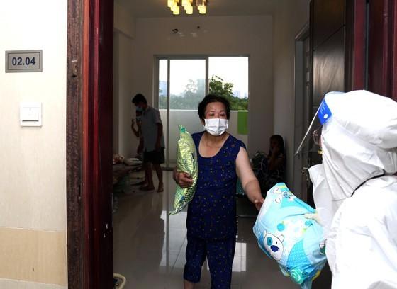 HCMC: Rushing establishment of field hospitals ảnh 7