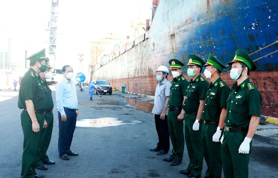 Binh Dinh, Da Nang offer flights to repatriate residents from South ảnh 3