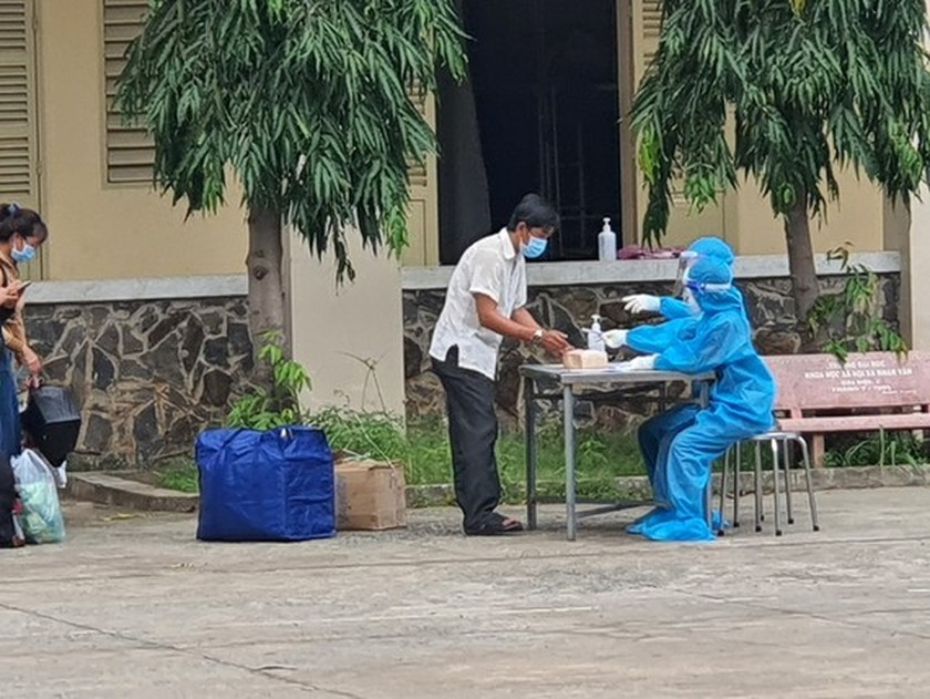 HCM City: Over 1,000 Covid-19-19 patients to be discharged each day ảnh 1