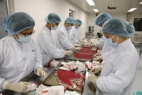 First batch of Sputnik V vaccine produced in Vietnam ảnh 2
