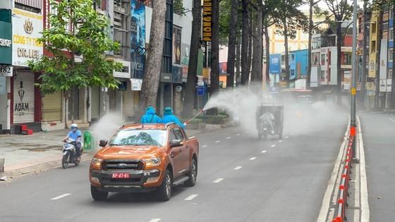 HCMC launches 7-day citywide sanitization ảnh 15
