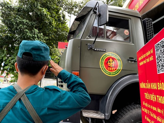 HCMC launches 7-day citywide sanitization ảnh 20
