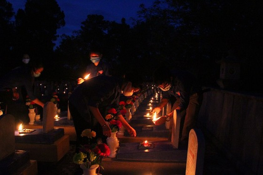 Quang Tri hosts annual memorial tribute ceremonies to fallen soldiers ảnh 4