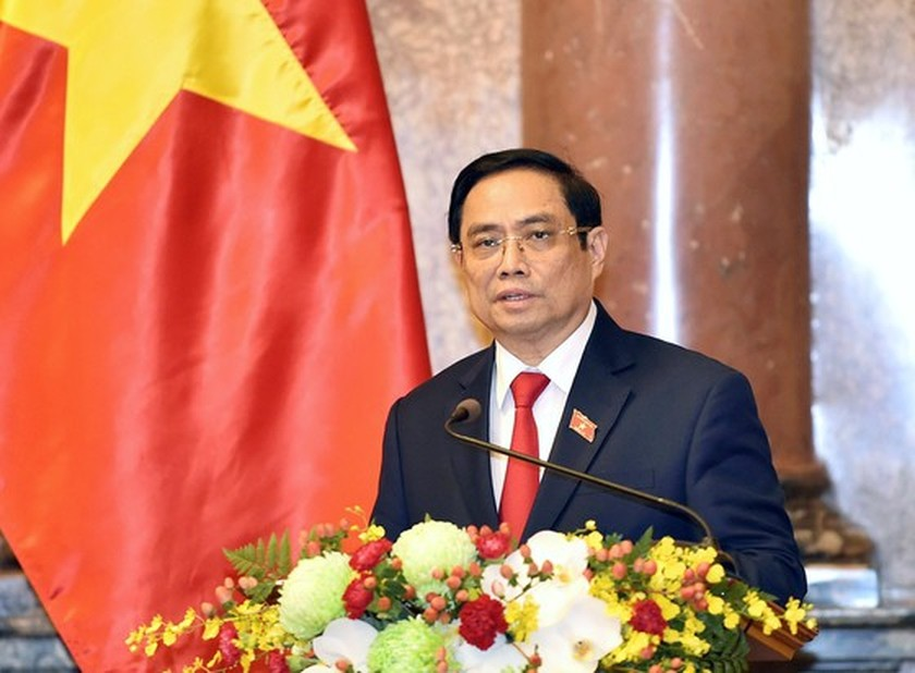 President hands over appointment decisions to members of new-term Government ảnh 4