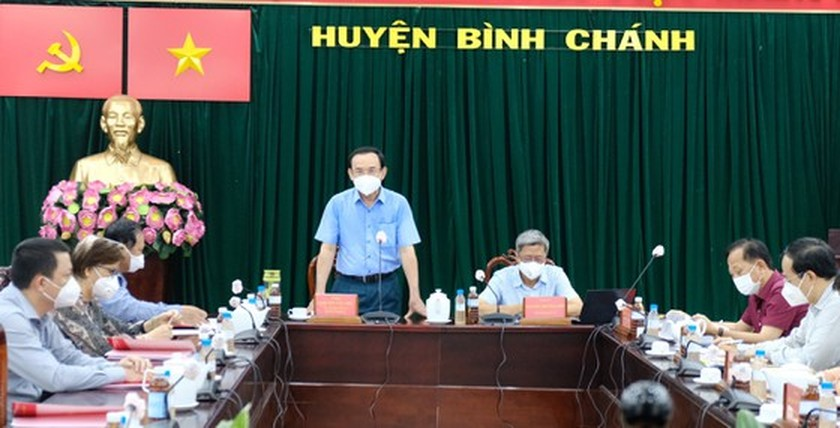 HCMC Party Chief visits confirmed Covid-19 cases in field hospital ảnh 5