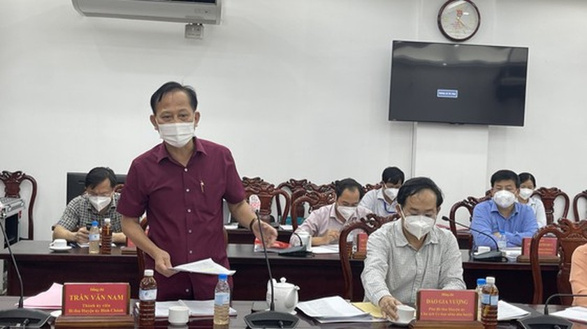 HCMC Party Chief visits confirmed Covid-19 cases in field hospital ảnh 7