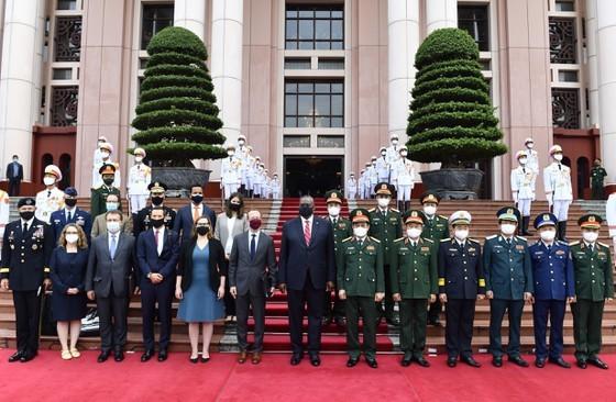 US Secretary of Defense pays official visit to Vietnam ảnh 3