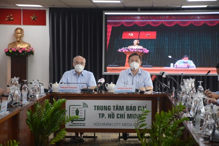 HCMC begins 6th phase of Covid-19 vaccination drive ảnh 1