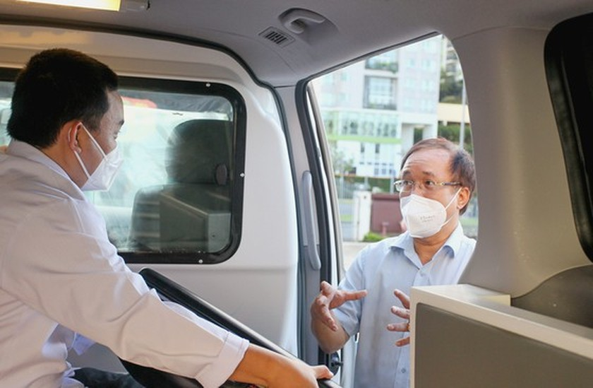 Thu Duc City launches ambulance service for Covid-19 patients ảnh 3