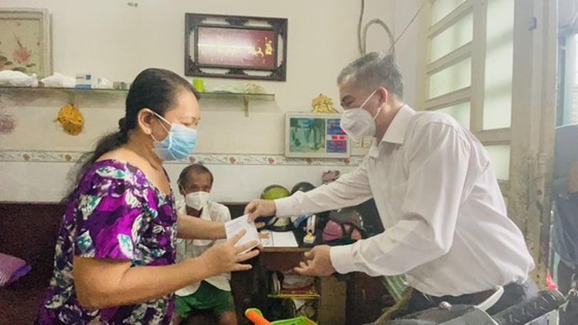 HCMC focuses on caring for needy people during Covid-19 pandemic ảnh 1