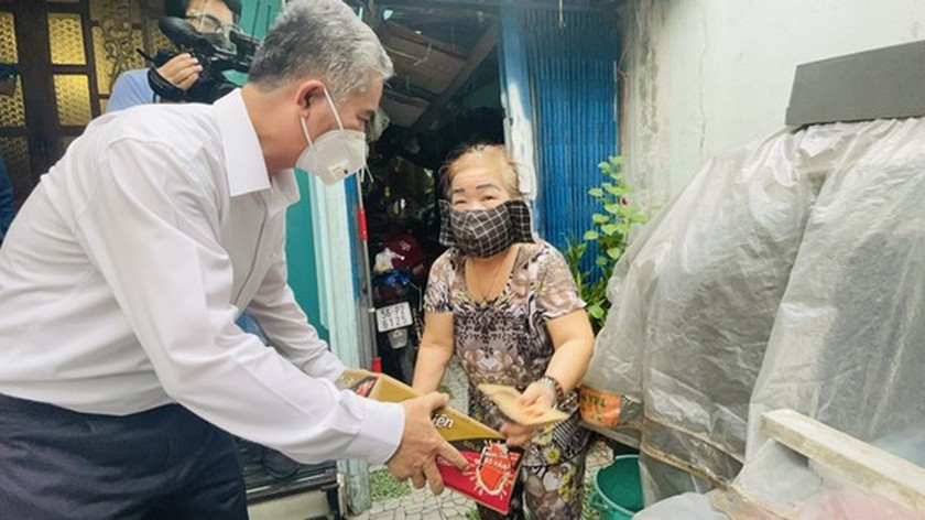 HCMC focuses on caring for needy people during Covid-19 pandemic ảnh 3