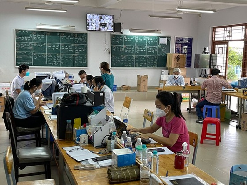 HCMC faces uncompleted works for new academic year under cloud of Covid-19 ảnh 2