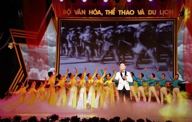 Art programme to mark August Revolution, National Day ảnh 1