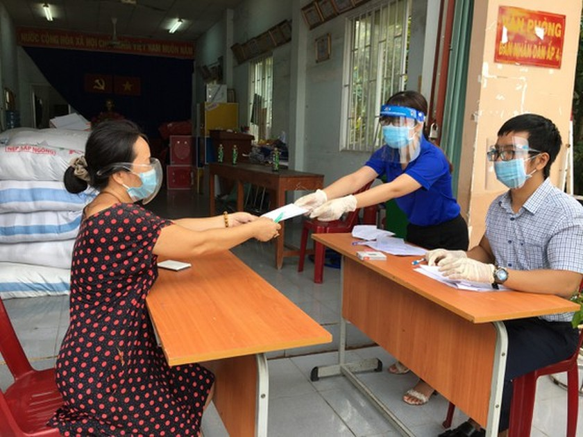 HCMC's needy people can ask for help through online registration portal ảnh 1