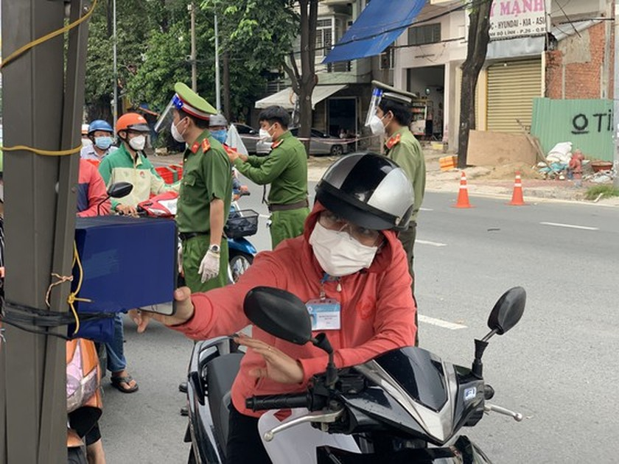 HCMC police install 100 cameras to monitor inner-city transport, travelers ảnh 5