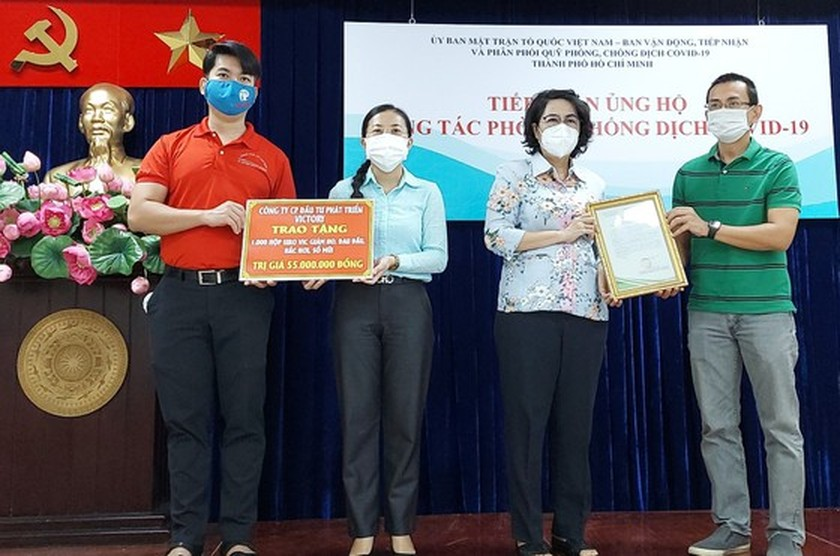 HCMC receives Covid-19 food, essential goods, medicine support ảnh 2