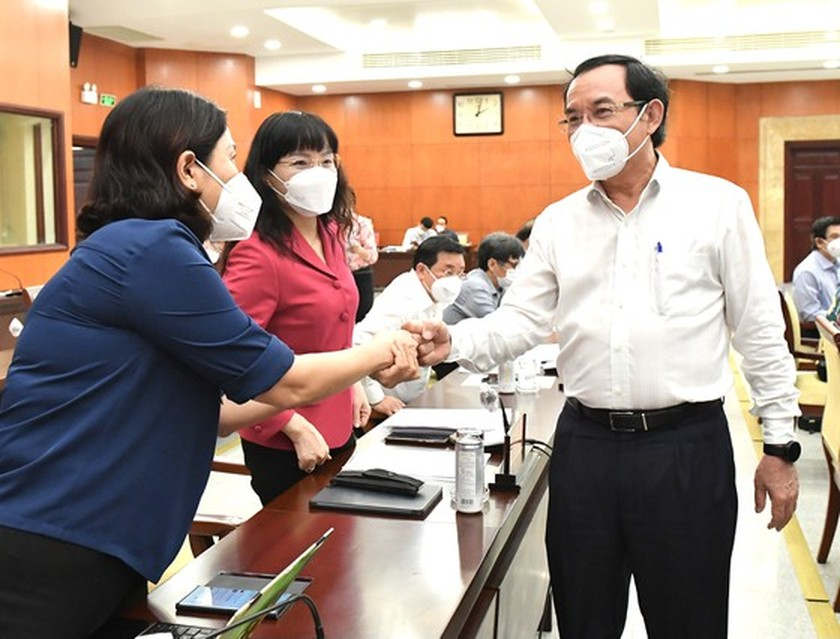 HCMC Party Executive Committee's session issues pandemic-related decisions ảnh 3