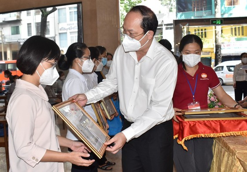 HCMC praises religious volunteers' contribution to fighting against pandemic ảnh 2
