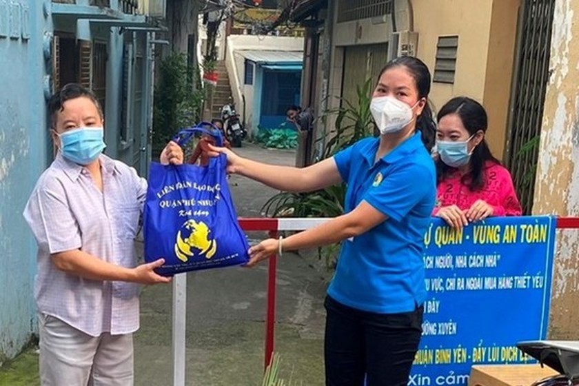 Unemployment premiums should be spent on supporting pandemic-hit laborers: VGCL ảnh 2