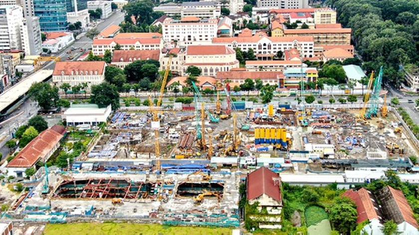 HCMC reimplements key projects after easing lockdown measures ảnh 5